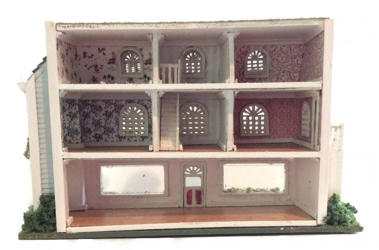 Complete Kit 1:144th Inch ScaleVictorian Style Store Front House - Click Image to Close